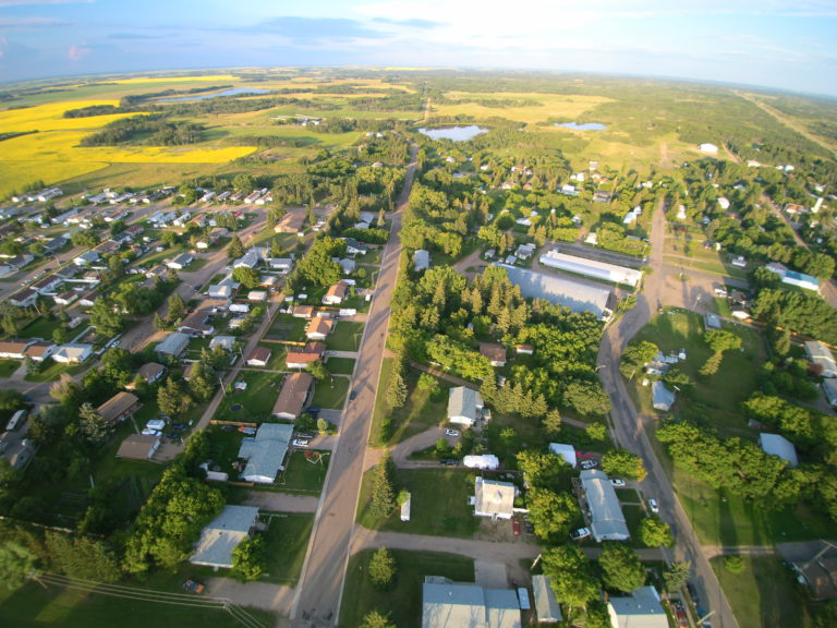 """""""Grow your own"""" event to showcase health careers to local students – The Alberta Rural Physician Action Plan"""