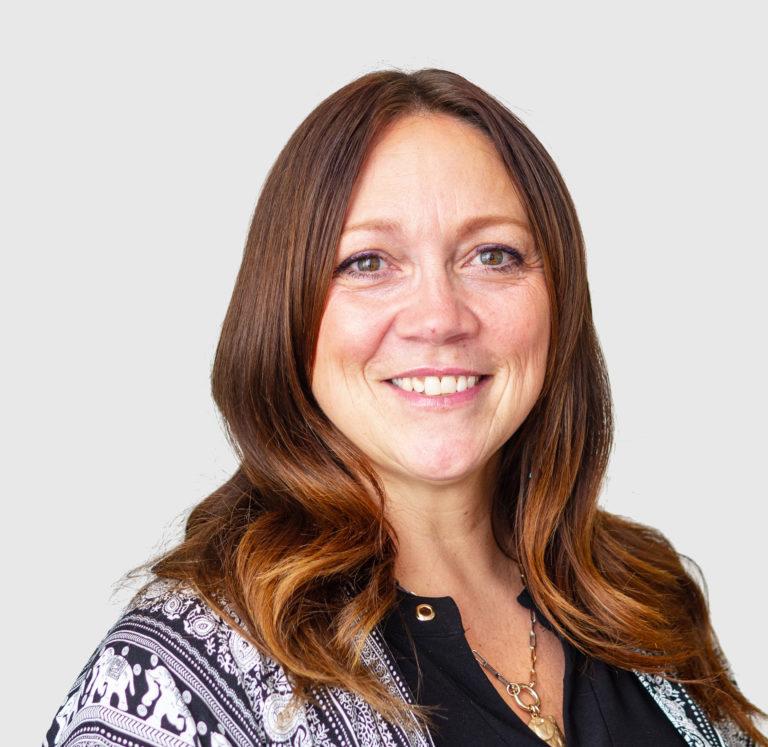 Colleen Lindholm