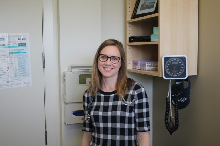 High River doctor finds working with patients rewarding